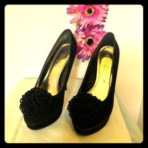 Beautiful Black Heels 👠